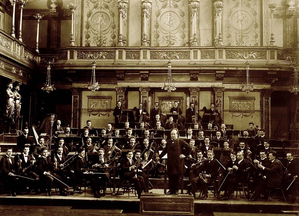 Ferdinand Loewe and the Vienna Symphony Orchestra.
